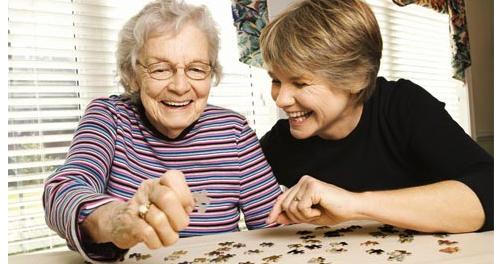 Ранние признаки болезни Альцгеймера можно обнаружить в головной мозге молодых людей