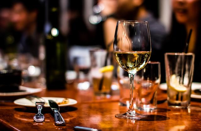 алкоголь, трезвенники, спиртные напитки, продолжительность жизни, смертность