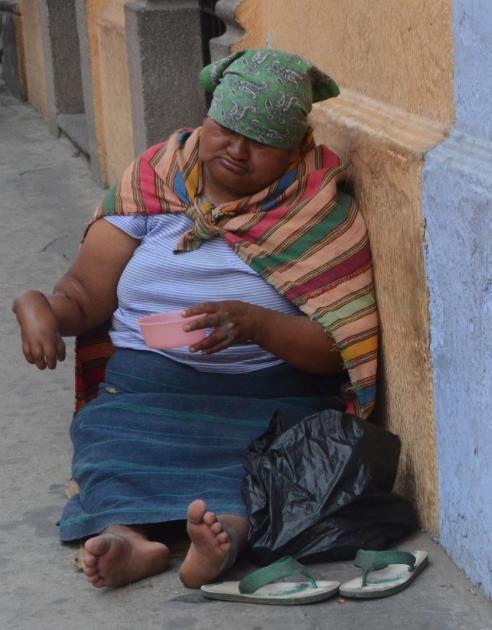 артрит, женщины, бедность