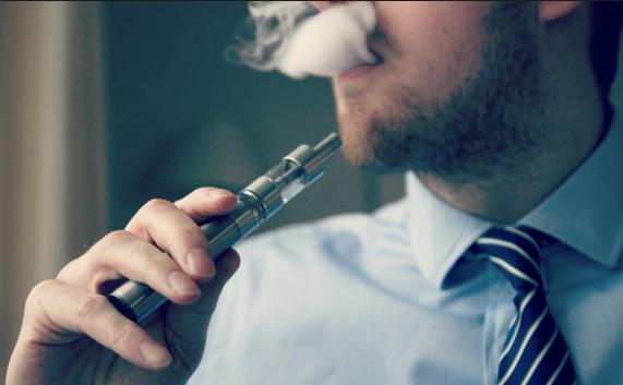 Электронные сигареты действуют на дыхательные пути и иммунную систему