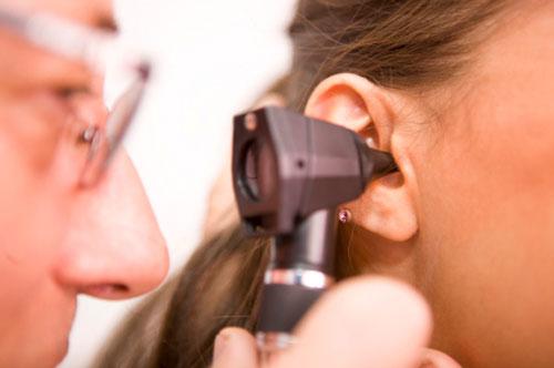 лечение болезней, отоларинголог, заболевание ушей, восстановление здоровья, медицинская помощь, обследование организма
