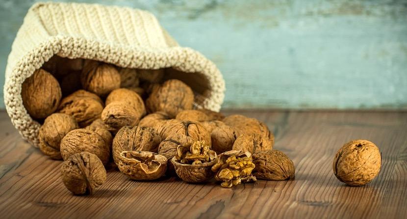 грецкий орех, рак толстого кишечника